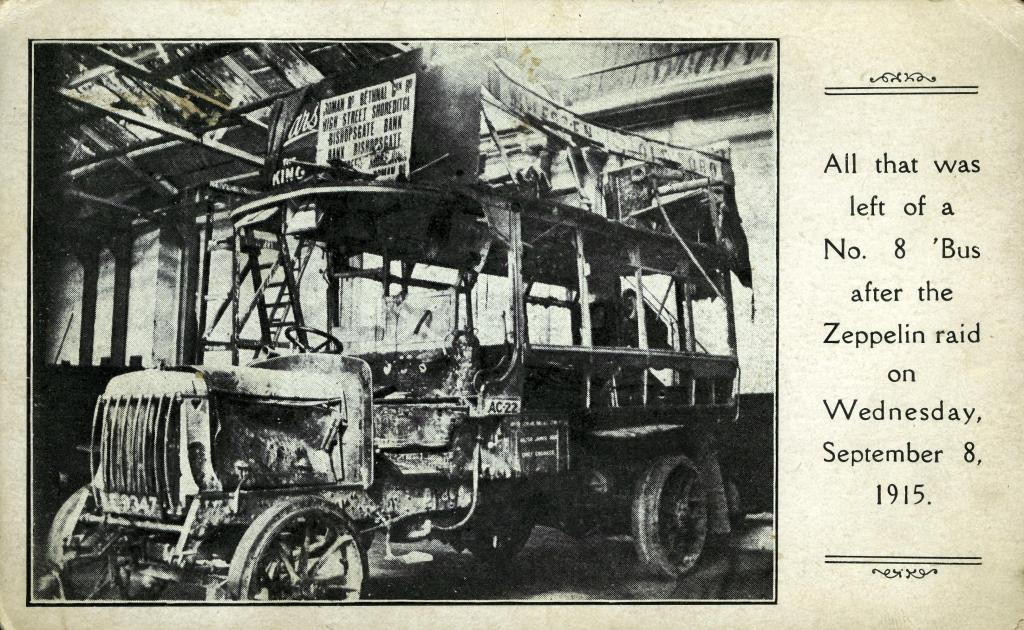 2006_3534 bus after zeppelin raid 1915
